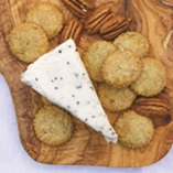 Picture of Blue Cheese and Crackers